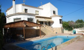 Enchinent Villa in Calpe