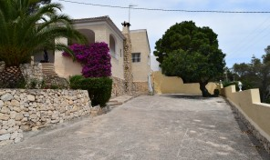 Viuda Villa for rent in Moraira