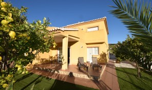 Les Parretes Bungalows 4 in Calpe
