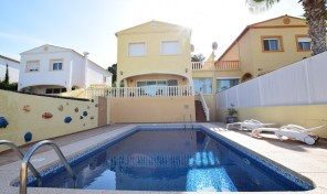Casanova Bungalow in Calpe for season rent