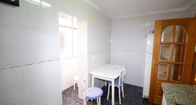 Apartamento Pintor Perez Pizarro en Alicante (7)