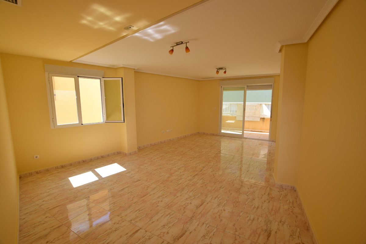 Apartment calle mossen francisco cabrera in benissa buy a house in calpe alicante spain with - Church kitchens benissa ...