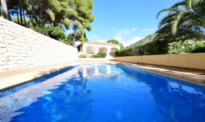 Viuda Villa for sale in Moraira
