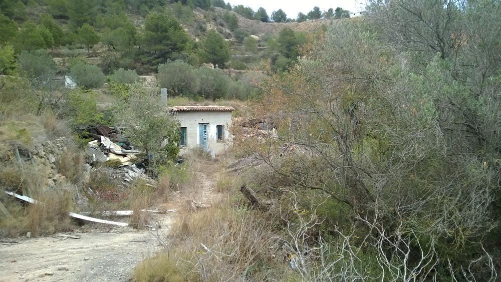 Parcela con casa de campo en benissa comprar y vender casa en calp benidorm altea moraira - Casas de campo en alicante ...