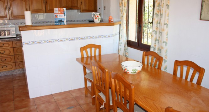 Villa maryvilla j en calpe comprar y vender casa en calp benidorm altea moraira alicante - Restaurante puerto blanco calpe ...