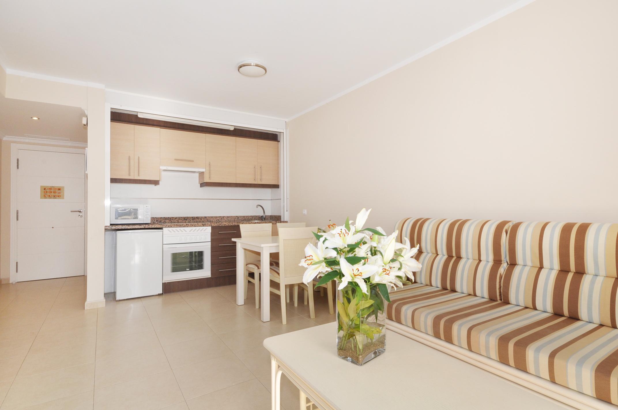 Apartamento larimar i en calpe comprar y vender casa en calp benidorm altea moraira - Compro apartamento en benidorm ...