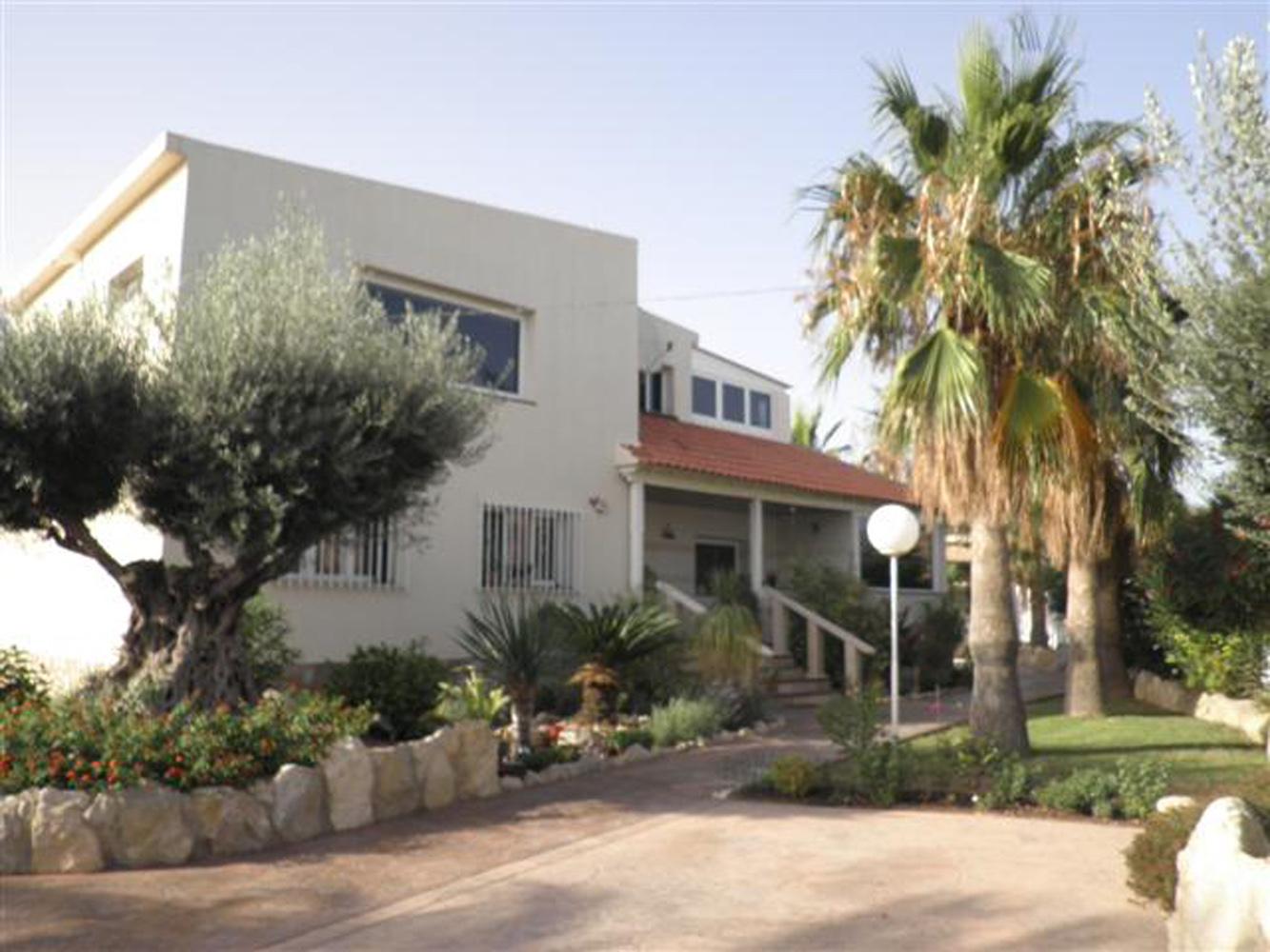 Villa olivera en san vicente del raspeig comprar y vender casa en calp benidorm altea - Spa san vicente del raspeig ...