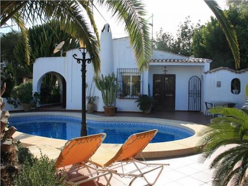 Villa canuta de ifach en calpe comprar y vender casa en calp benidorm altea moraira - Restaurante puerto blanco calpe ...
