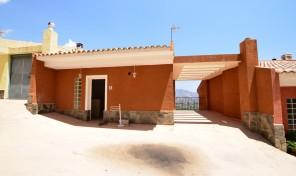 Bungalow Almedia en Callosa d´en Sarriá