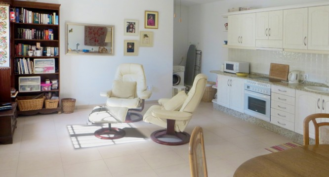 apartment lounge  IMG_5762