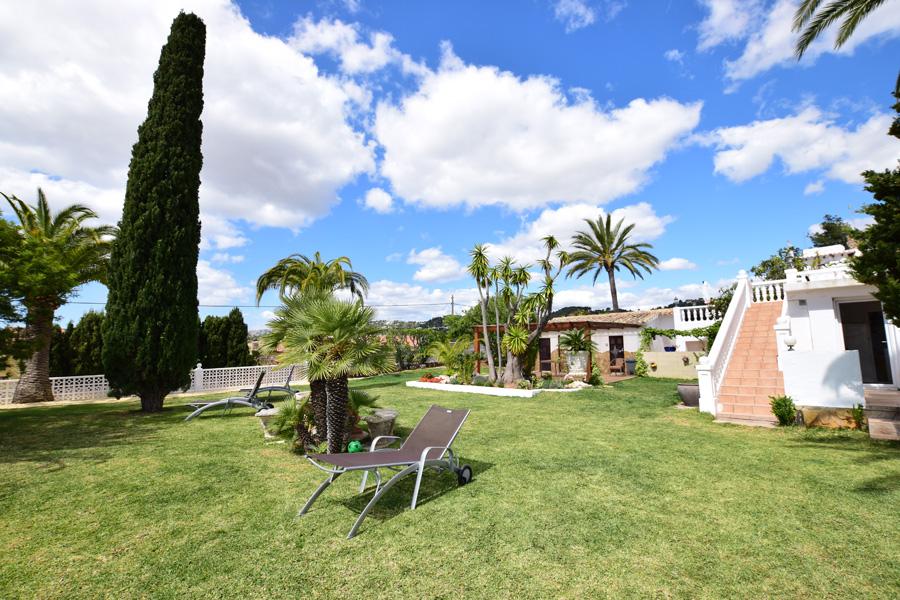 Villa baladrar benissa costa en location saisonni re for Acheter ou louer une maison