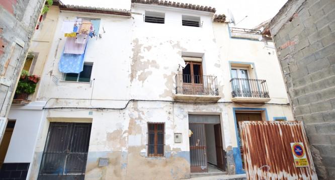 Casa de pueblo Virgen de los desamparados en Callosa d'en Sarrià (1)